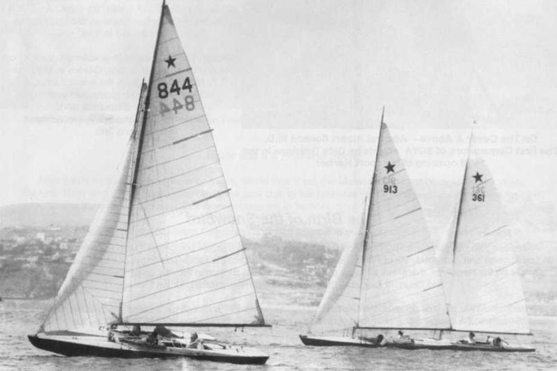 Star boats at a start