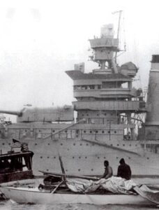 """""""Nelson's Blood"""" crew and USS PA"""