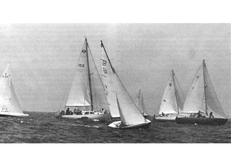 Start of the 20 boat Pacific Handicap A division